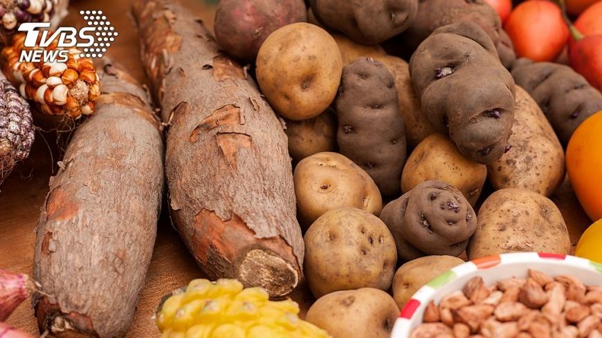 小禎還說會從馬鈴薯、玉米等蔬菜中攝取澱粉。圖/TVBS