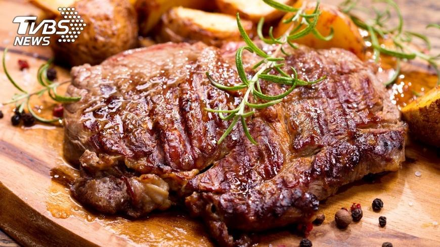 吃肉多吃菜少可能罹患腸癌。示意圖/TVBS