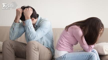尪吵架完搶7週大女兒「拋下2樓」  妻見嬰躺地崩潰