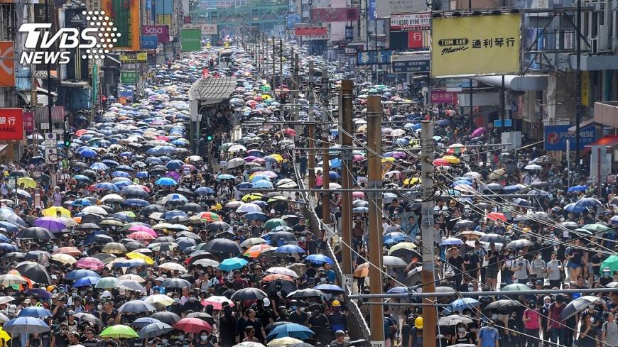 圖/中央社 反送中再寫歷史 示威者擠爆新界元朗街道