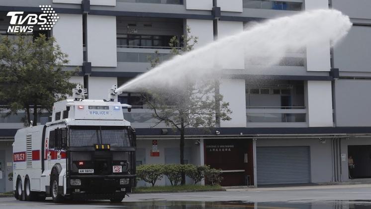 圖/達志影像美聯社 香港鎮暴升級! 港警新購水炮車隨時上陣