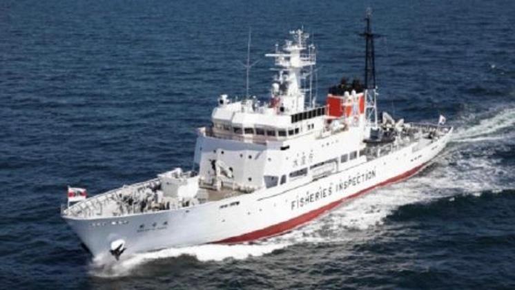圖/翻攝自 周蓬安 微博 碰撞日本取締船 北韓漁船逾20人飛落海