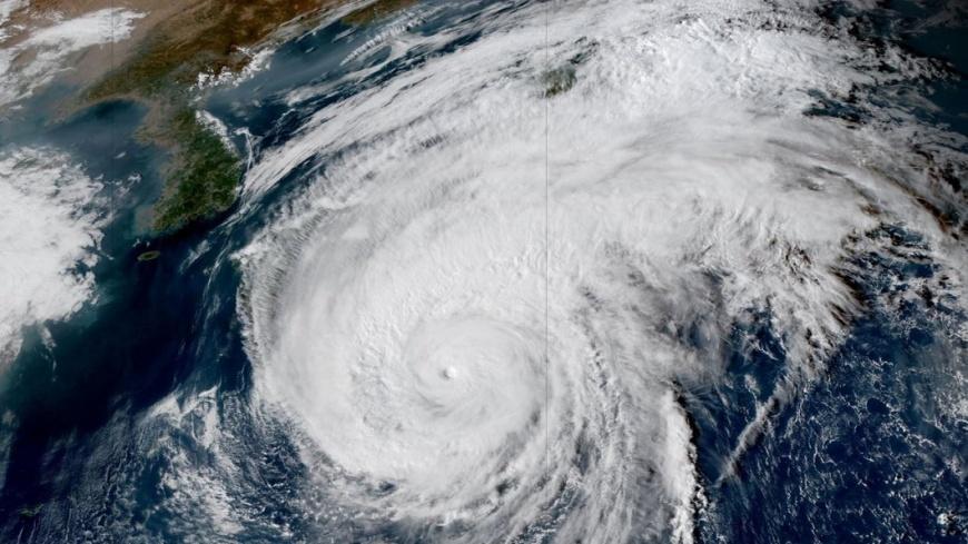 圖/翻攝自 Carlow Weather 推特 61年來最強「哈吉貝」撲日 關東陸空幾全停