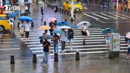 北部低溫探18度!3縣市豪雨特報 全台「雨停時間」曝
