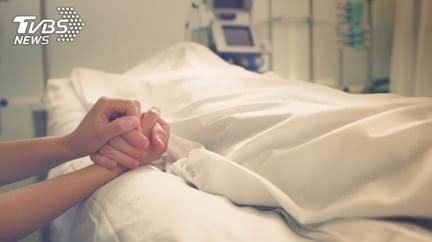 逝6年亡夫傳訊「今早去哪」 妻知真相淚:再也收不到
