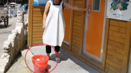 21歲妻公廁產女狠心丟垃圾桶 丈夫傻眼:不知道她懷孕