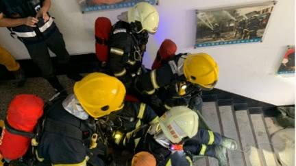 消防員被爆偷拍女傷者胸部!爆料者:全隊傳閱笑「胸奴」