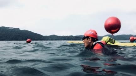 馬英九泳渡日月潭!70歲驚人成績曝 網嚇:怎比我還強