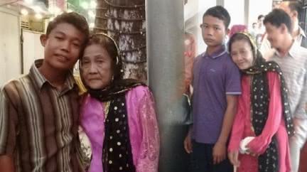 差55歲「祖孫戀」!少年憂74歲妻魅力大 鎖房防偷吃