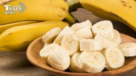香蕉放久營養大不同 營養師揭「此天吃熱量最低」