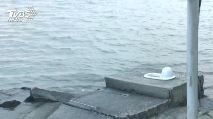 蹲「最美馬桶」賞無敵海景 當心漲潮海水淹沒
