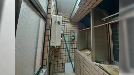 看房驚見致命熱水器 房仲辯「桃園都這樣裝」秒惹眾怒