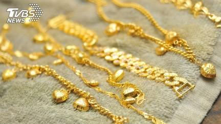 婆婆偷拿「黃金首飾」給大姑當嫁妝 結局神翻轉糗大了