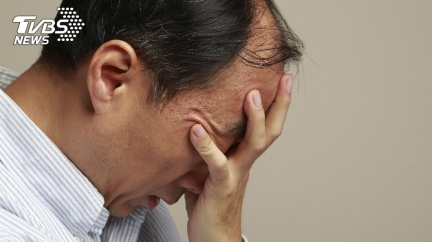 兒子太帥懷疑非親生!父瞞妻狂做4次「親子鑑定」