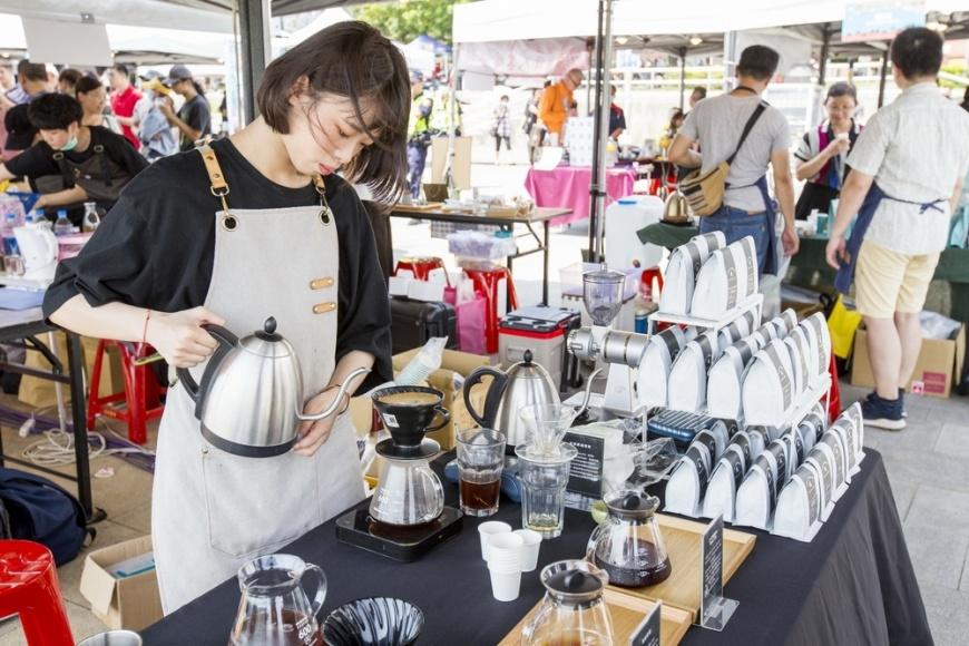 圖/現場咖啡師各具特色,誠摯邀請民眾前來 希望市集也賣咖啡? 異業結盟碧潭飄出咖啡香