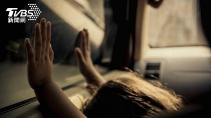 3歲孫女困車內5小時 大馬粗心嬤想起「人沒了」