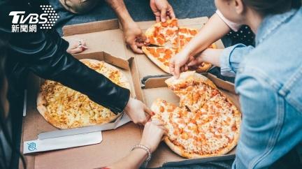 同事訂披薩沒揪!她怒控職場霸凌「被當空氣」獲賠88萬