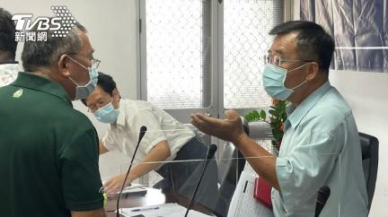 金門黃卡短缺 長者4大場館施打疫苗延至16日