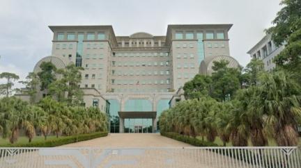 台南檢察長爆偷打疫苗 檢察官控她「暗中混入注射名單」