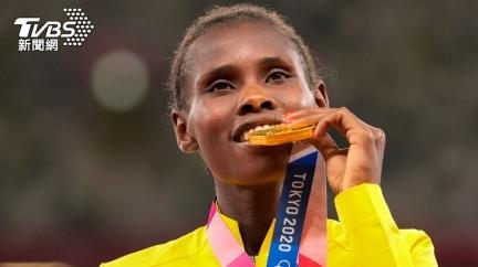 東奧田徑女子3千公尺障礙  22歲烏干達選手抱金而歸