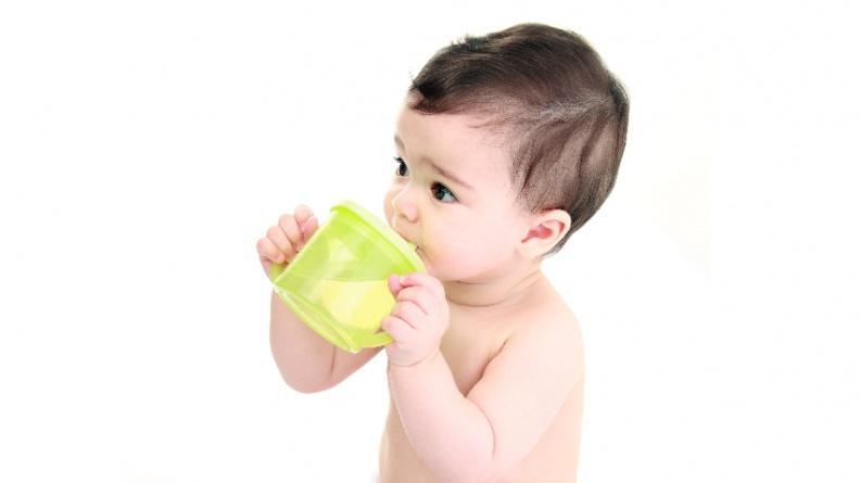 美小兒科學會:未滿1歲禁喝果汁