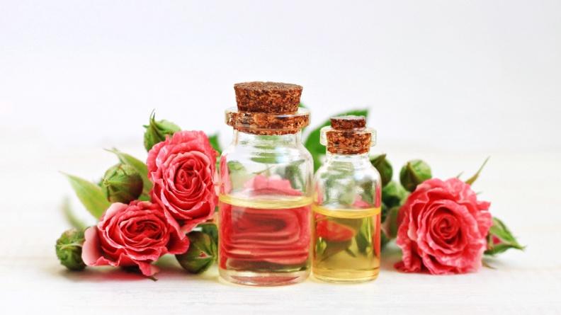 挑逗情人嗅覺 3款動情精油的奧祕