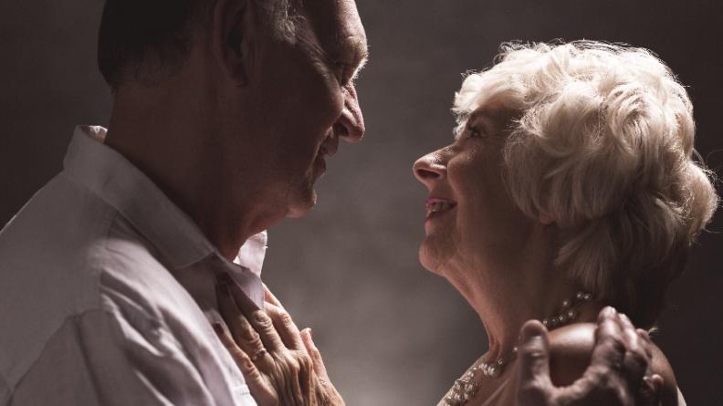 熟齡規律性愛 大腦才靈光
