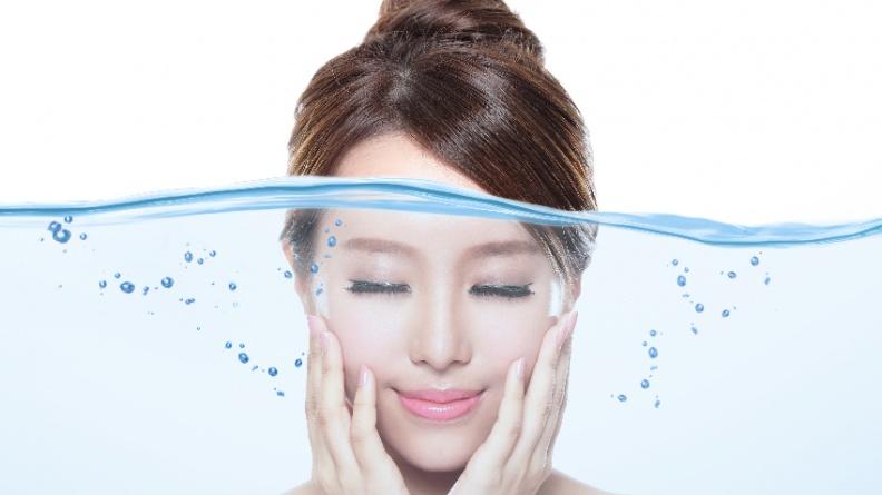 肌膚超缺水!皮膚科醫師教你挑對保濕品