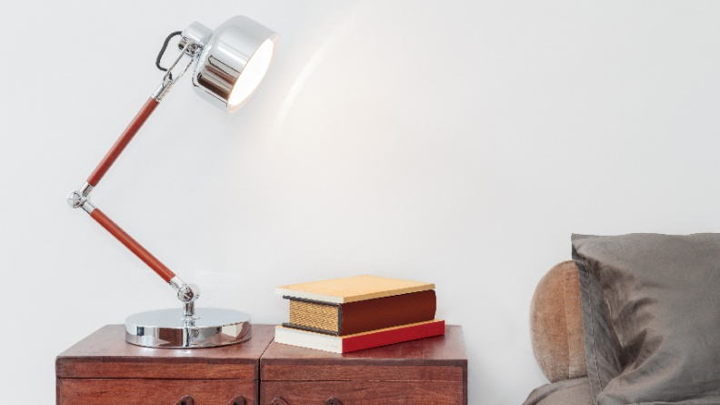 燈光亮一點 就能延緩老花症狀