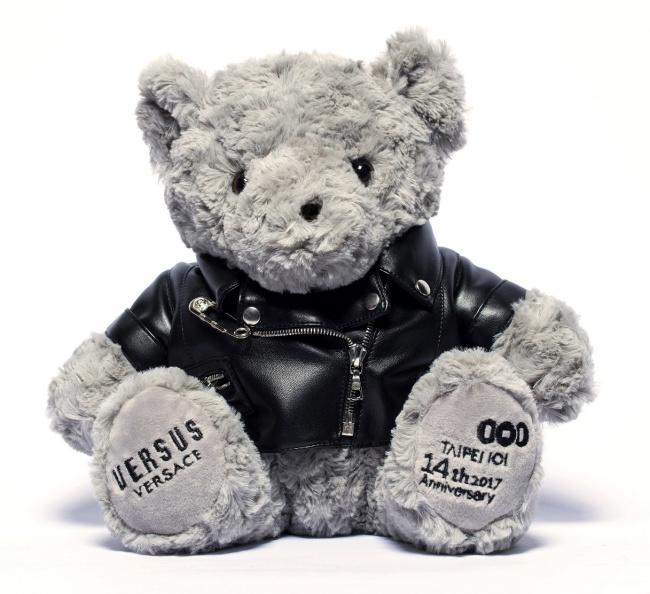 Versus Versace首次打造全球獨家紀念熊_1.jpg