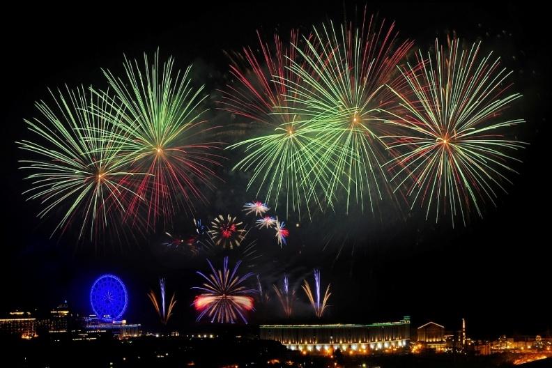 �x大皇家�天���店推出宵夜�霾惋� 陪您近��x欣�p�x大世界跨年���  .JPG