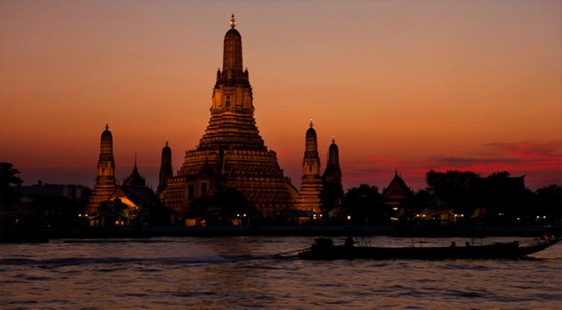 Historic-renovation-of-Wat-Aruns-famed-pagoda-completed-1.jpg
