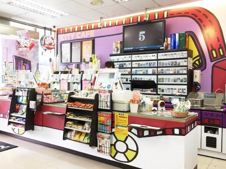 紐約城市X CITY CAFE主題店,走進去可看見結帳櫃台以紐約街頭常見的行動咖啡車為靈感設計。.jpg