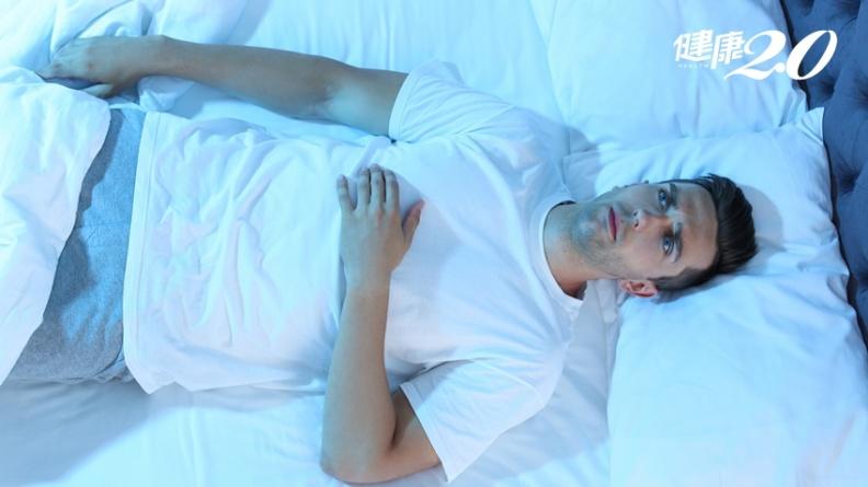 意識清醒卻四肢動彈不得,半夜被鬼壓床?可能是體內缺少這個