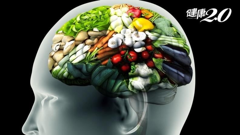 營養不足竟會失智!日醫學博士「自救法」,不只能延緩還能夠治療失智症