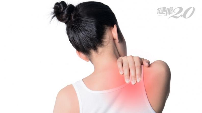 肩膀痛、手舉不高,可能不是五十肩!1招就能快速自我初步判斷