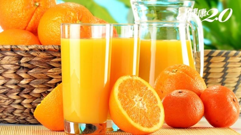 果汁就是高糖飲料!1杯柳橙汁含糖12公克,一天2杯就超標