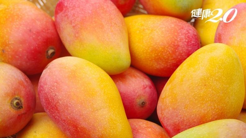 芒果季來了,維生素C鳳梨是2倍!吃一顆體力速恢復,雙重高抗氧化物能護眼、防癌、降血壓