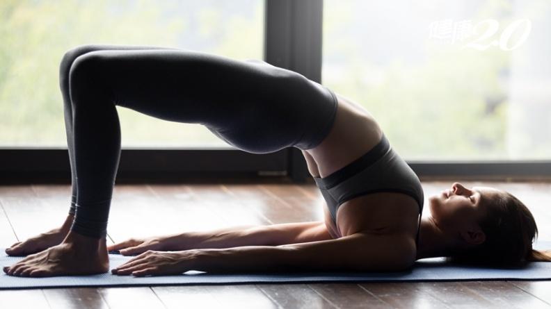 夏天來了!3式「皮拉提斯」輕鬆擊退鬆垮肚,改善膝蓋痠痛