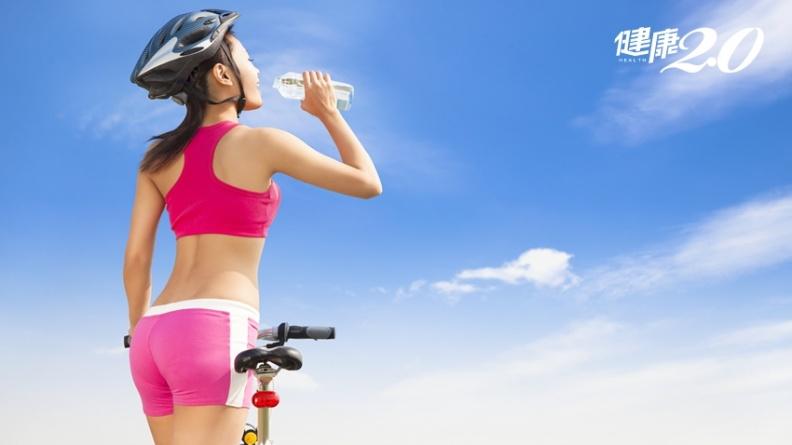 原來都誤會運動飲料了!運動時喝塑身效果加倍,運動後喝修復肌肉、降低疲勞感