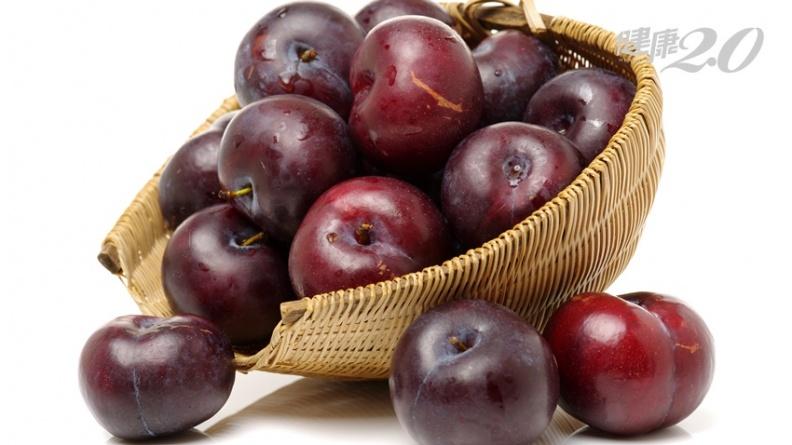 李子含抗乳癌酚類 吃當令助防癌、護眼、強心臟