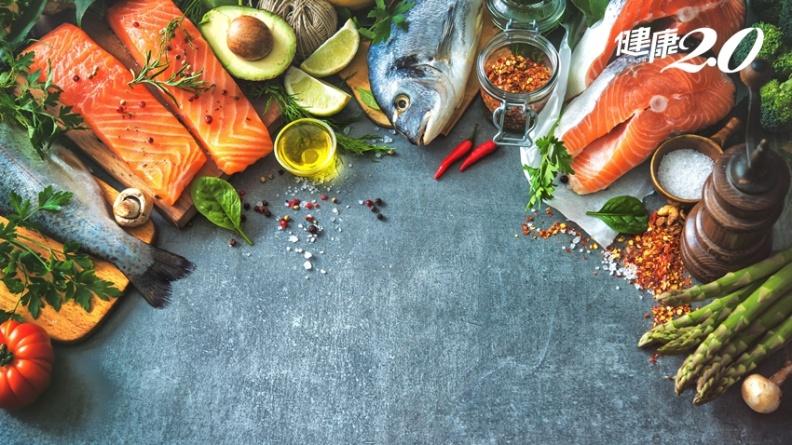 吃對食物逆轉老化!醫推「血型飲食法」 O型多吃魚、A型多吃菜