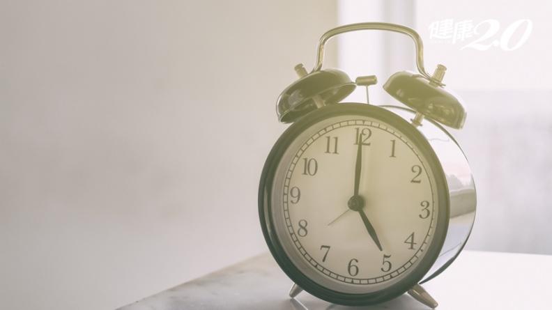 早睡早起身體好?3種人太早起床會傷身