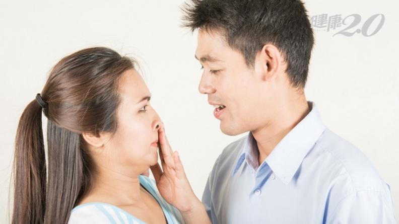 情人節小心口臭危機 親密前吃糖果急救或嚼「這個」也有效