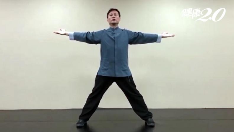 練功防新冠肺炎!練太極拳15分鐘活化細胞 1招「十字開闔手」提升免疫力