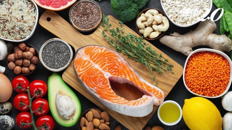 經痛要人命!營養師公開緩解經痛「必吃營養」 3種飲食恐加劇經痛