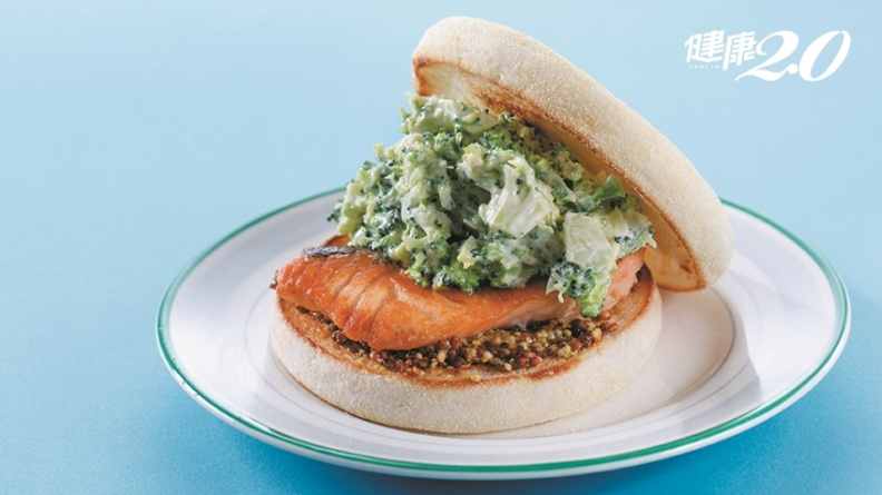 最強防癌抗老組合!鮭魚、青花菜一起吃 抗氧化效果是檸檬6000倍