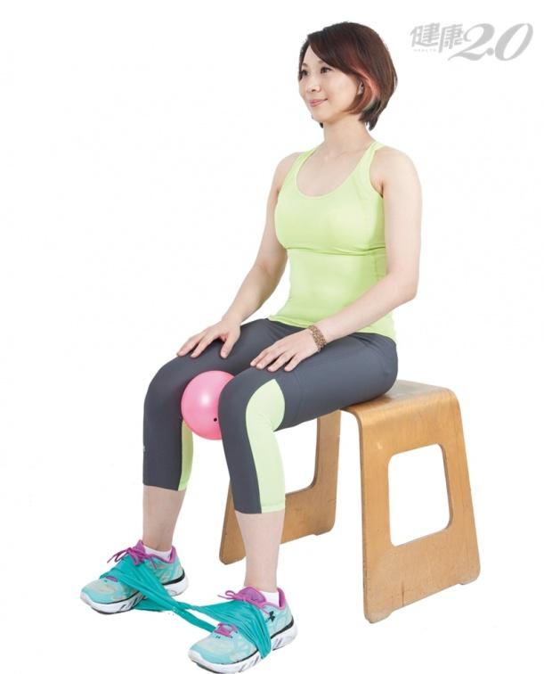 膝蓋不適?對抗「膝蓋退化」1招舒緩操 增加膝關節穩定度