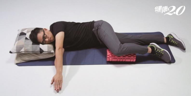 CP值最高的放鬆方法!「開書運動」身體變輕鬆 改善壓力大、肩膀緊繃