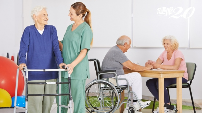 如何選擇安養院?失智、中風、心血管疾病怎麼辦?4個問題一定要問